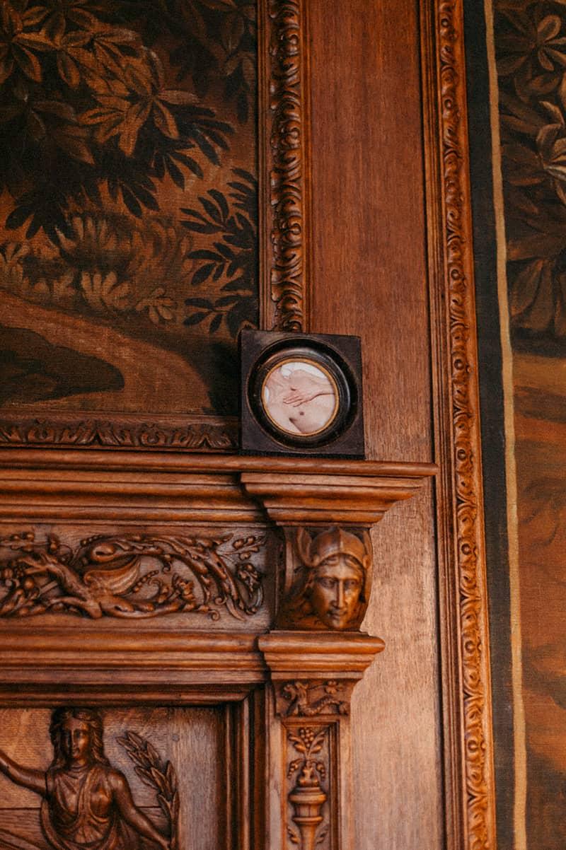 2020_Tomber-en-Amour_Collection-Veys-Verhaevert_Maison-des-Arts-de-Schaerbeek_C-Candice-Athenais